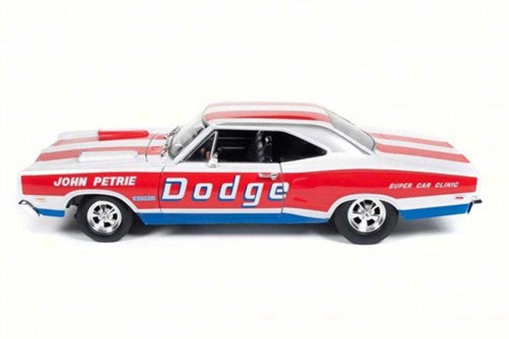 1969 Dodge Coronet Super Bee John Petrie SS//E Racing 1:18 Auto World Ertl AW222