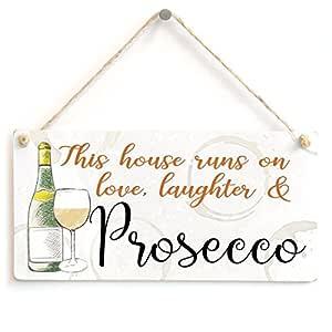 Esta casa se ejecuta en el amor, risas y Prosecco - Lovely ...