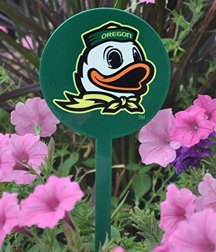 Authentic Street Signs Spring STEEL Garden Stakes (Oregon Ducks-Logo Green) from Authentic Street Signs