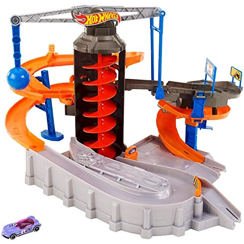 (Hot Wheels Mattel Construction Zone Chaos Track Set)
