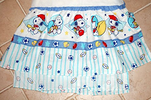 Peanuts BABY SNOOPY - Crib Dust Ruffle - SPORT by Lambs & Ivy - Baseball (Musical Mobile Snoopy)