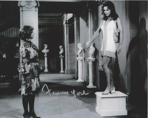 francine-york-bewitched-original-autographed-8x10-photo