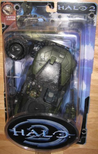 Halo 2 Warthog - Halo 2 Battle Damaged Warthog with Master Chief Limited Edition