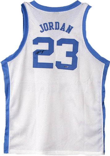 f06e524e97fc Michael Jordan Signed UDA North Carolina Jersey-Official at Amazon s Sports  Collectibles Store