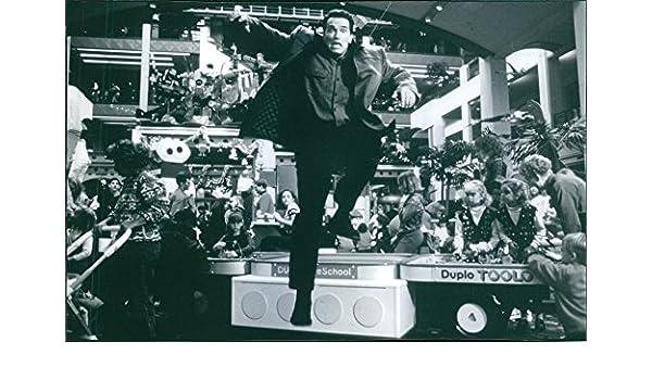 Vintage foto de una foto de Arnold Schwarzenegger como Howard Langston en la película