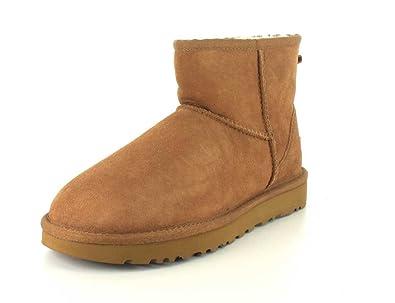 cbe593bdcf5 UGG Womens Classic II Mini Boot
