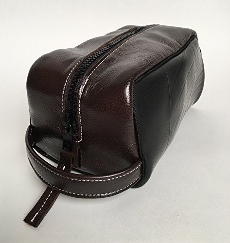 Men's Travel Bags (Toiletry Travel Bag in Chocolate Brown Leather)