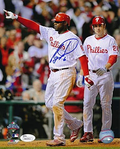 (RYAN HOWARD Phillies 2008 World Series w/UTLEY Signed 8x10 Photo JSA 139173)