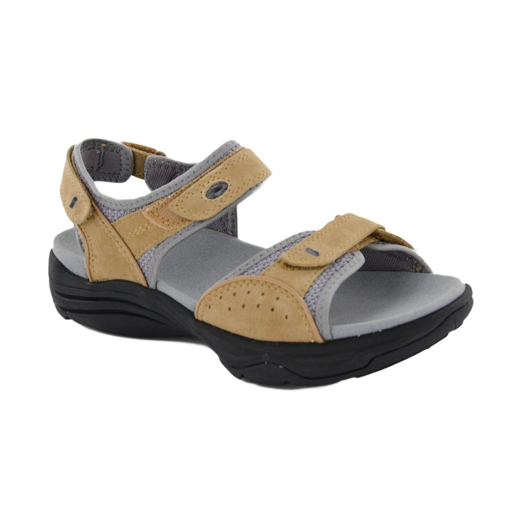 CLARKS Women's Wave Grip Sandal B01IANC358 75 M US|Smokey Brown Nubuck