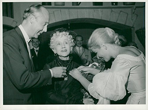 Choice photo of Naima Wifstrand mediated by Per Gerhard and Maj Britt Nilsson