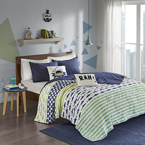 Urban Habitat Kids Finn Twin/Twin Xl Bedding Sets Boys Quilt Set - Green, Navy , Shark Stripe - 4 Piece Kids Quilt For Boys - 100% Cotton Quilt Sets Coverlet