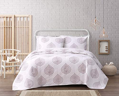 Cottage Classics Embroidered Ogee Quilt Set, Full Queen, White Mauve