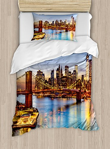 Ambesonne United States Duvet Cover Set, New York City Skyline Over East River Brooklyn Bridge Twilight, Decorative 2 Piece Bedding Set with 1 Pillow Sham, Twin Size, Blue Tan ()