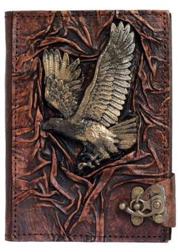 Volante águila sobre un libro de Luxe diario/candado/piel ...