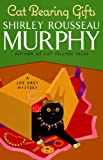 Cat Bearing Gifts (Joe Grey Mystery Book 18)