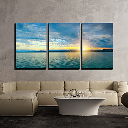 Dawn Framed Art - wall26 - 3 Piece Canvas Wall Art - Dawn above Sea and Blue Sky - Modern Home Decor Stretched and Framed Ready to Hang - 16