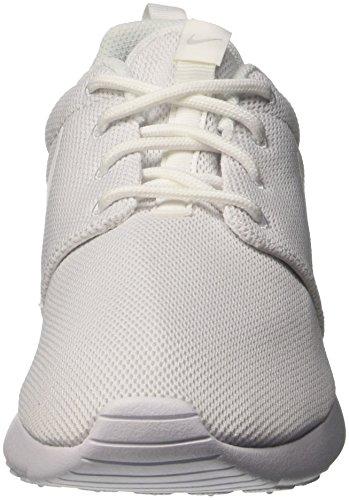 Nike Womens Roshe Una Scarpa Da Running In Platino Puro Bianco / Bianco