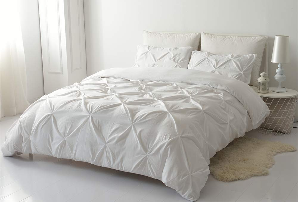 White, Queen Size 3 Pieces Microfiber Bedding Set Pinch Pleat Pintuck Duvet Cover Set Soft Luxury Quilt Cover with Zipper Closure