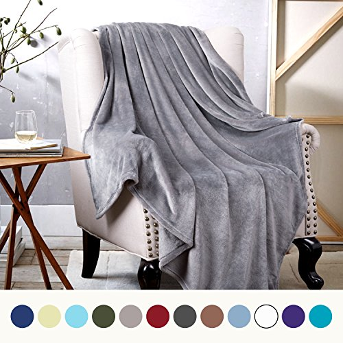Bedsure Flannel Fleece Luxury Blanket Grey Twin Size Lightwe