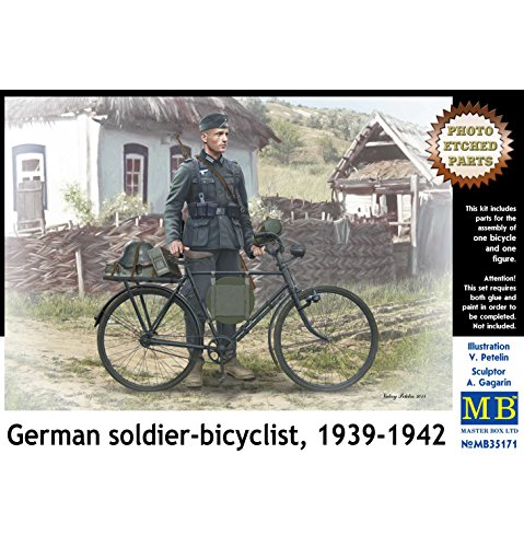 (Master Box Models German Soldier-Bicyclist, 1939-1942 with Photo-Etched Parts Model Kit (1/35 Scale))