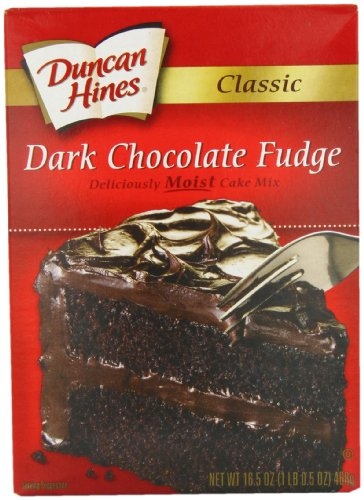 Duncan Hines Classic Cake Mix, Dark Chocolate Fudge, 16.5 Ounce (Pack of 6) ()