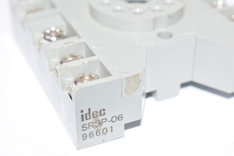 NEW IDEC 10 AMP 300 VAC SOCKET RELAY BASE 11-TERMINALS SR3P-06 BOX OF 10 10