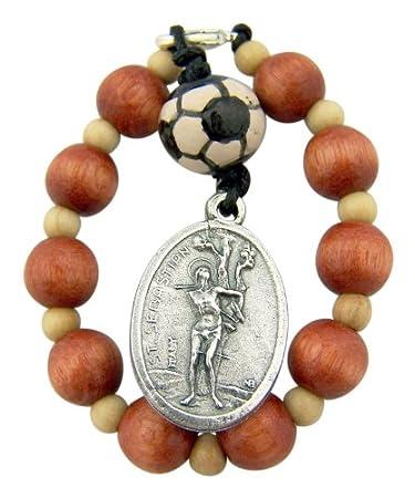 Amazon.com: Una Década Medalla de madera rosario con San ...