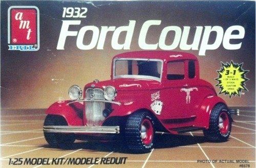 #6578 AMT 1932 Ford Coupe 1/25 Scale Plastic Model Kit,Needs Assembly ()