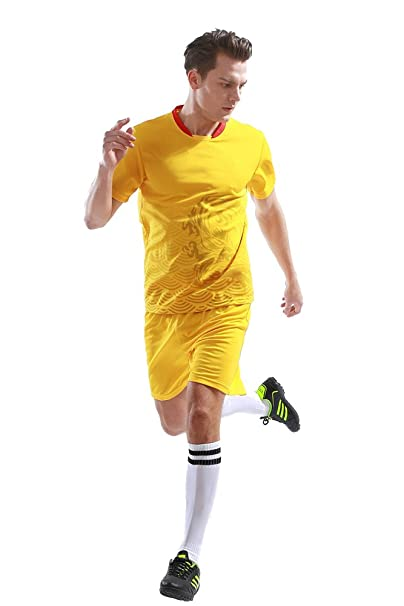 BOZEVON Hombres Fútbol Ropa Deportiva de Cuello Redondo Camiseta y Pantalones  Cortos Conjunto Entrenamiento Deportivo Competencia Disfraz S-3XL   Amazon.es  ... 65b343bfd5755