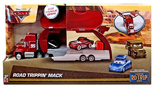 disney-cars-road-trippin-mack-playset