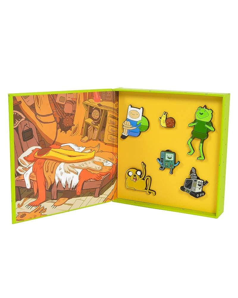 Amazon.com: Juego de insignias oficiales de Adventure Time ...