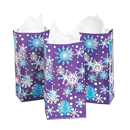 (Fun Express - Paper Snowflake Bags for Christmas - Party Supplies - Bags - Paper Treat Bags - Christmas - 12 Pieces)