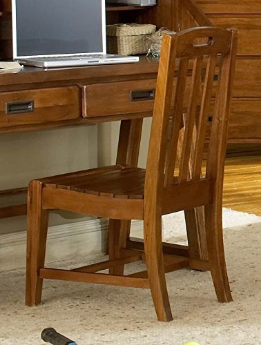 Heartland KidsDesk Chair by American Woodcrafters