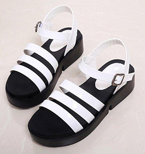 la decoración plana sandalias de las mujeres zapatos de las sandalias de la correa de cabeza redonda White