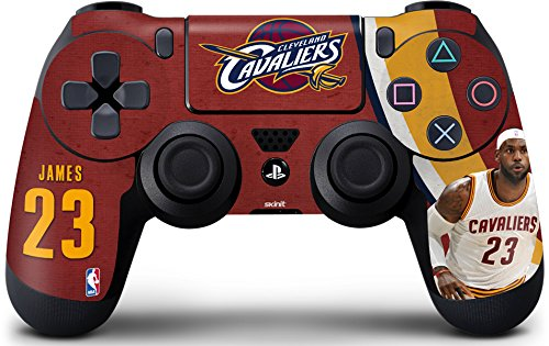 Cleveland Cavaliers PS4 Controller Skin - LeBron James Fastbreak | NBA & Skinit Skin