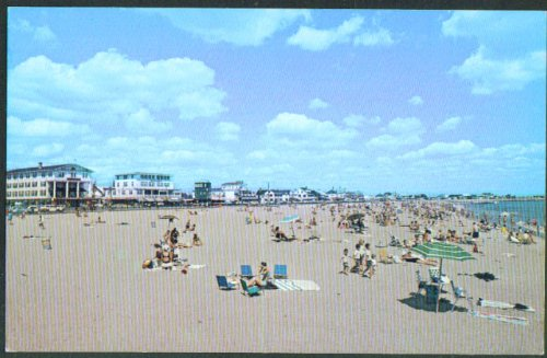 Ashworth Hotel & others Hampton Beach NH postcard 1960s