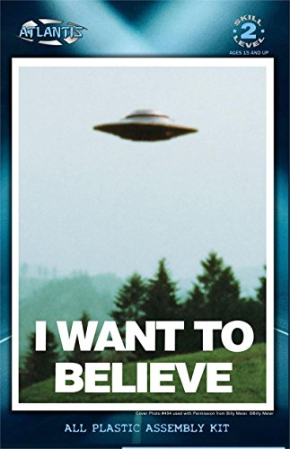(I Want to Believe 5 inch Lighted UFO Atlantis Model Kits)