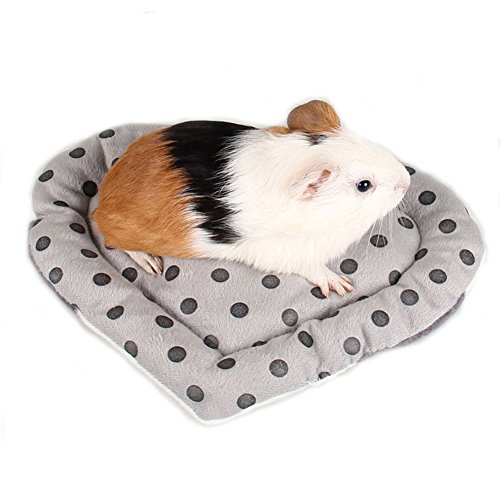 Jocestyle Hamster Bed, Heart Shape Warm Sleep Mat Pad Hamster/Hedgehog/Squirrel/Mice/Rats Other Small Animals (Color Random)
