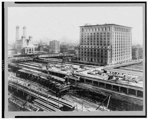 Photo: New York Central Building,tracks,railroad shops,yards,Hudson River Road Co,c1911