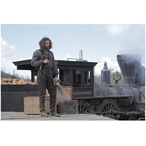 Hell on Wheels (TV Series) 8x10 Photo Anson Mount/Cullen Bohannan Holding Bag & Standing Next to Train kn