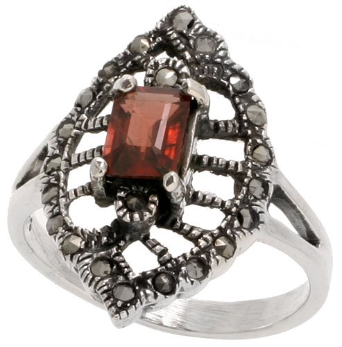 (Sterling Silver Marcasite Marquise-shaped Ring, w/ Emerald Cut Natural Garnet, 1