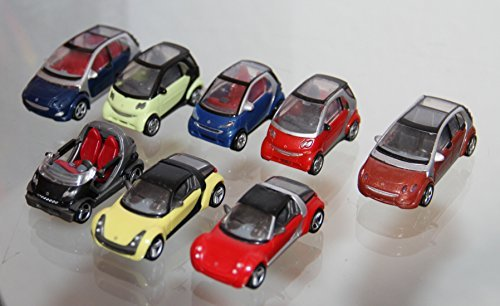 DEL CARS C - 8 pieces (Crossblade, Roadster Coupe, Forfour , Fortwo Coupe) - 1:87 H0 - KINDER SURPRISE PLASTIC MINIATURES - Kinder Surprise Toys from Europe- Ferrero ()