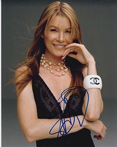 Ellen Pompeo Signed 8X10 Photo