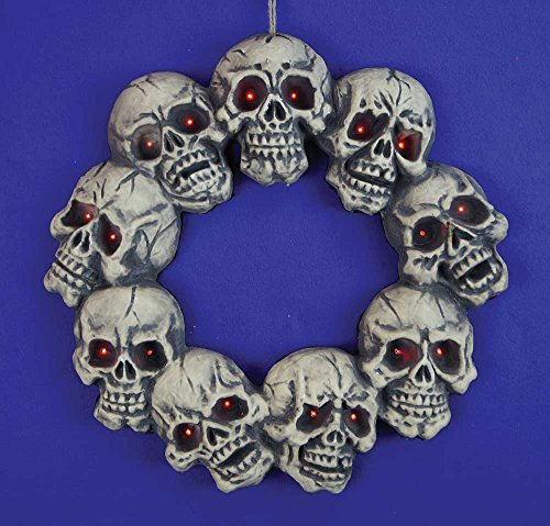 Hanging Halloween Skull Wreath with LED Light-up Eyes ()