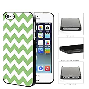 Chevron Design Pattern In Mint Green Hard Plastic Snap On Cell Phone Case Apple iPhone 5 5s