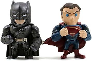 Batman 599386031 - Pack v Superman con Armadura y Superman: Amazon ...