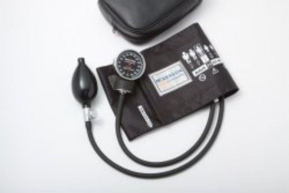 Sphygmomanometer McKesson Pocket Style Hand Held Adult Arm #01-720-12XBDGM