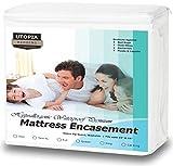 Utopia Bedding Premium Zippered Waterproof Mattress Encasement