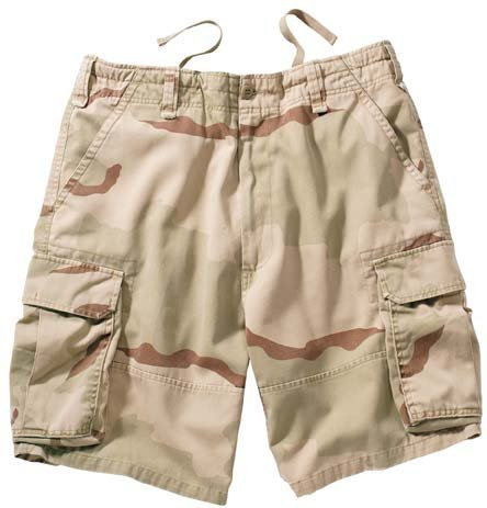 (Tri-Color Desert Camo Vintage Cargo Shorts (X-Large))