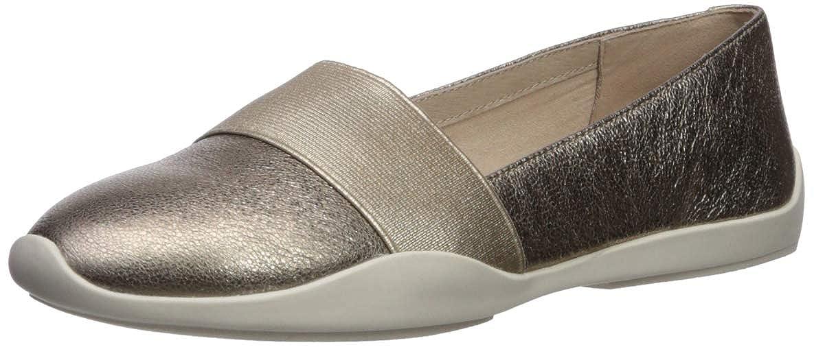 Champagne Kenneth Cole New York Womens Vida Elastic Slip on Sneaker Sneaker